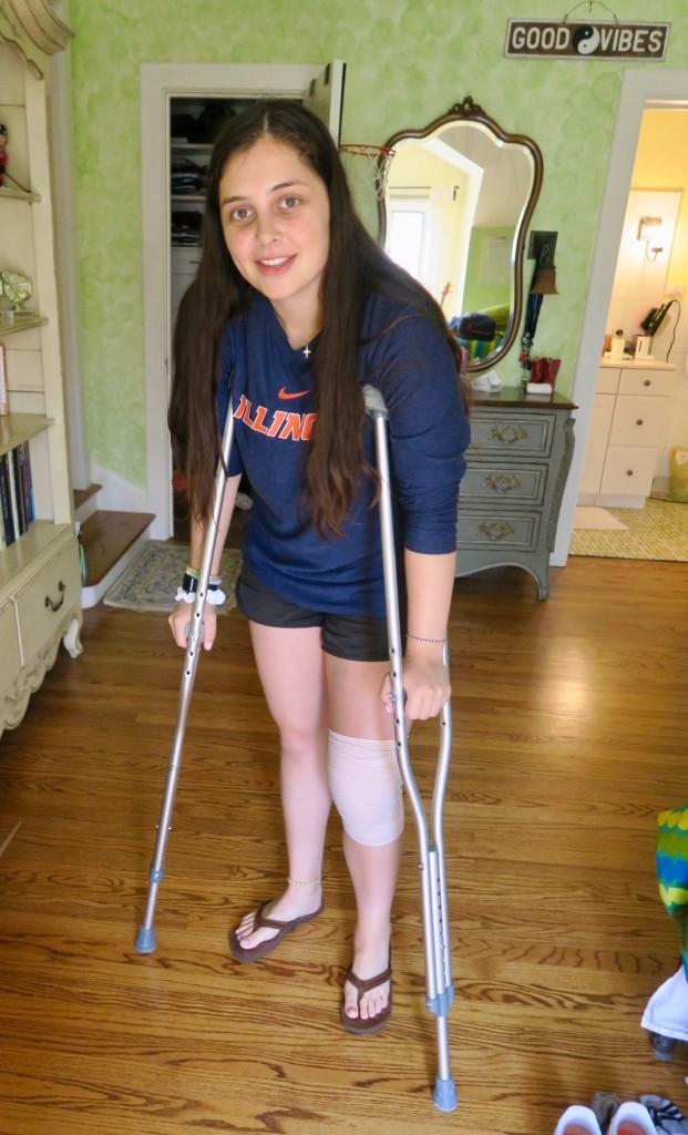 5. daniela_sirott_cruitches_kneee_surgery